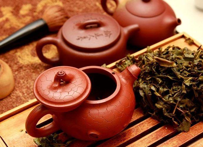 Какие бывают заварочные чайники: стекло, металл или керамика - какой чайник предпочесть для домашнего использования