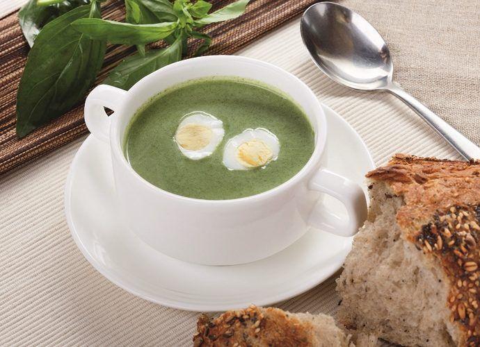 Суп-пюре из шпината с яйцом