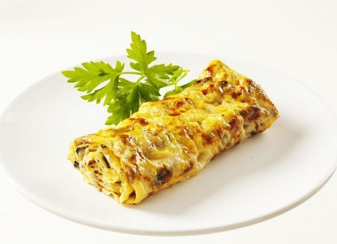 Омлет, фаршированный мясом и овощами