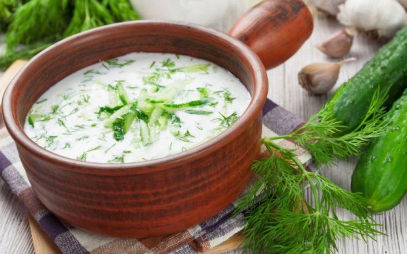 Холодный суп-окрошка из огурцов