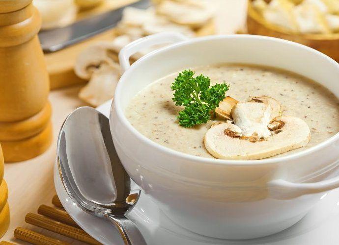 Суп с шампиньонами - 7 простых рецептов на каждый день