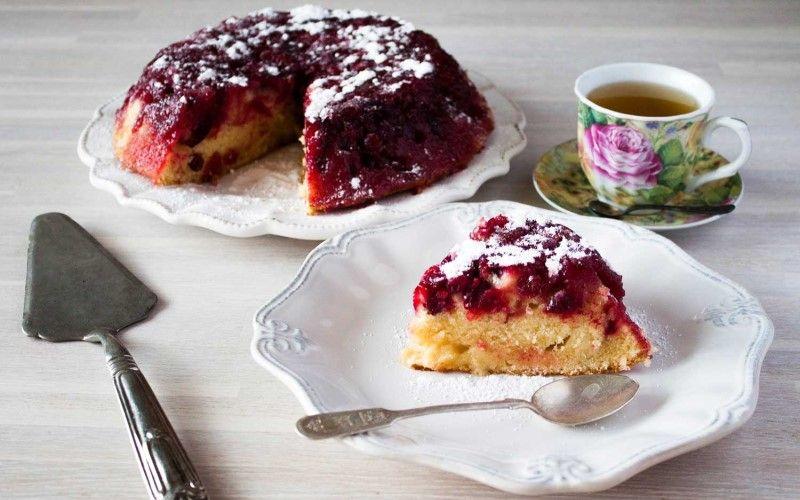 Торт с вишневой пропиткой