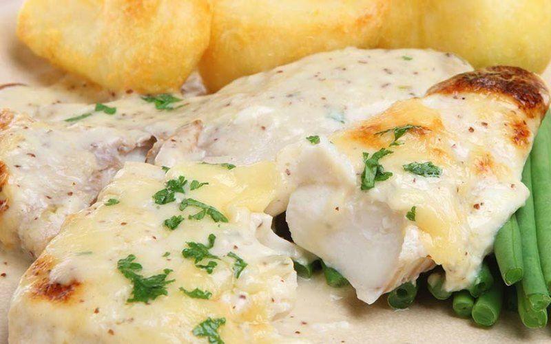 Рыбное филе в сырном соусе