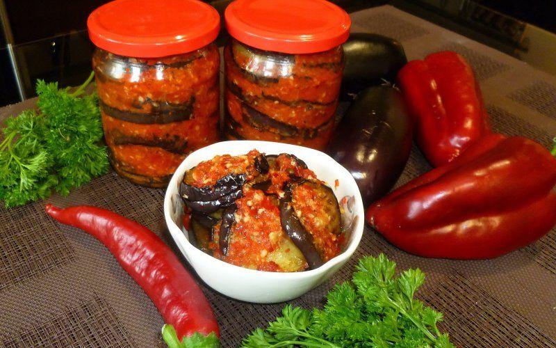 С перцем в томатном соусе