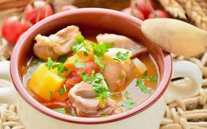 Суп шурпа из курицы: 3 домашних рецепта восточного супа
