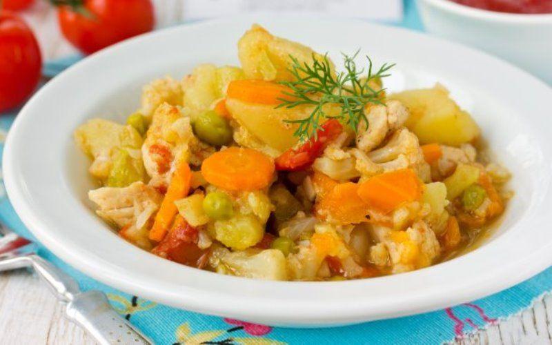 Рагу с морковью и сельдереем