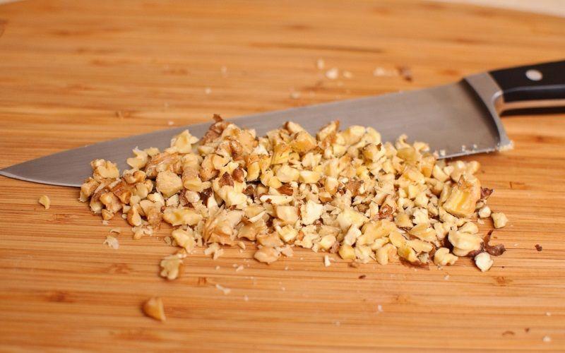 Измечаем грецкие орехи