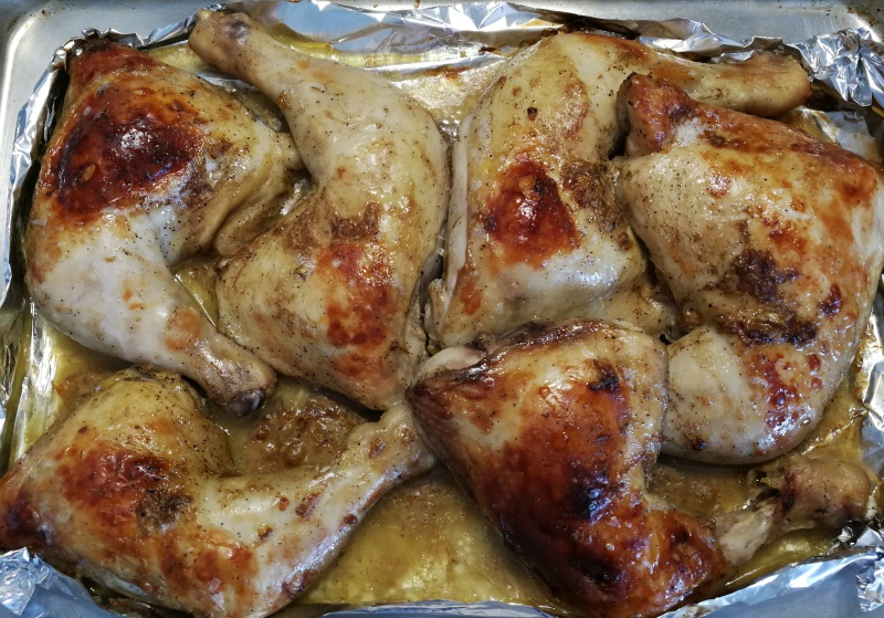 Вкусные куриные окорочка, запеченные в духовке - 7 вкусных рецептов с корочкой