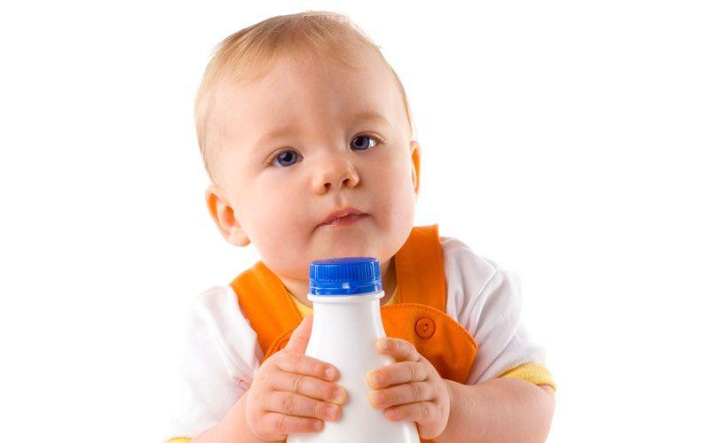 Как вводить первые кисломолочные продукты в рацион малыша