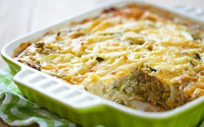 Капустные запеканки с мясом, овощами, креветками, сыром: вкусные домашние рецепты
