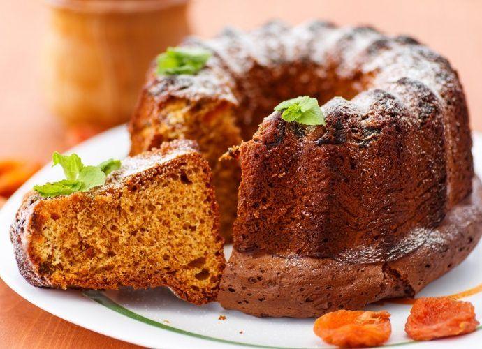 Вкусные домашние кексы в духовке: с фруктами, ягодами, шоколадом и сыром