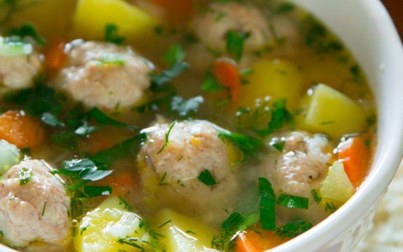 С рыбными фрикадельками и зеленой фасолью