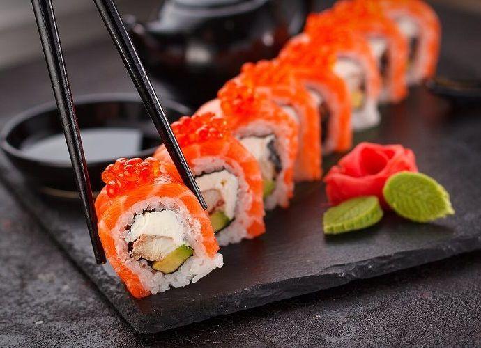 Способы приготовления суши: особенности и необходимые ингредиенты