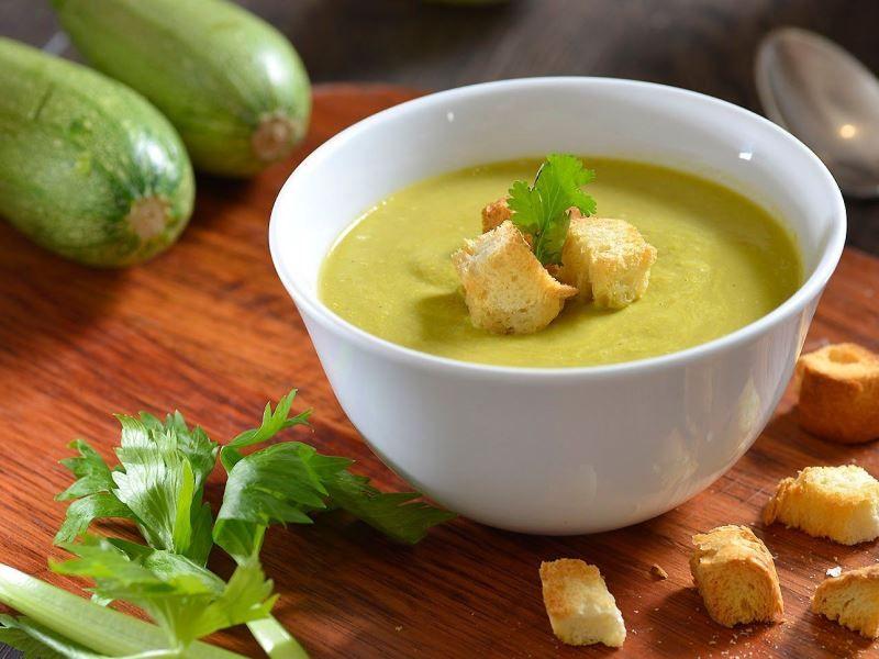 Суп-пюре из молодых кабачков