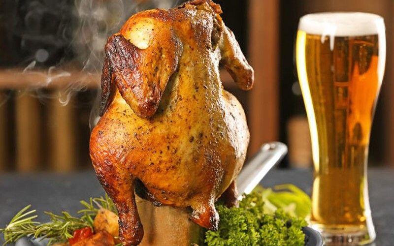 Цыпленок, запеченный на бутылке