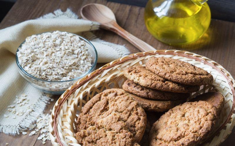 Нежное овсяное печенье с ванилином и кокосовой стружкой