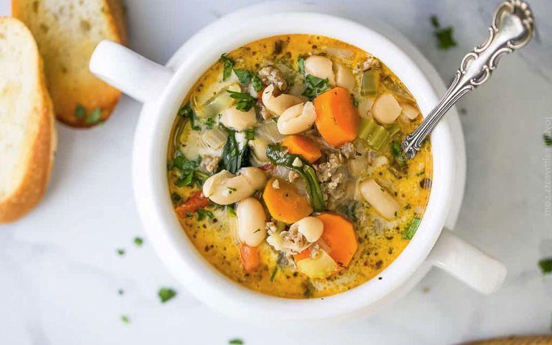 Фасолевый суп по-болгарски