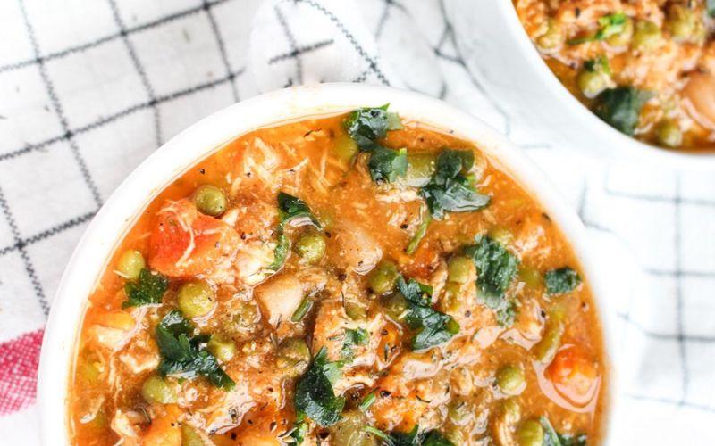 Густой картофельный суп с болгарским перцем и спаржевой фасолью