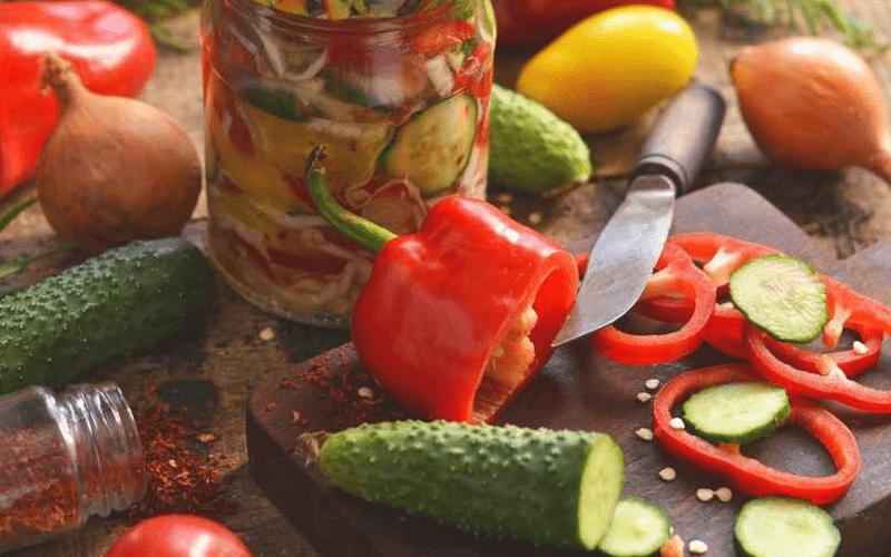 Салат из огурцов и помиидоров на зиму