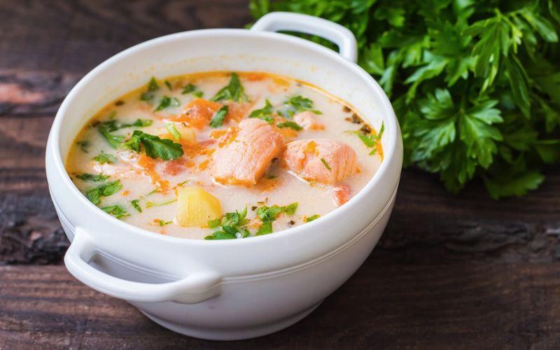 Суп с горбушей по-китайски
